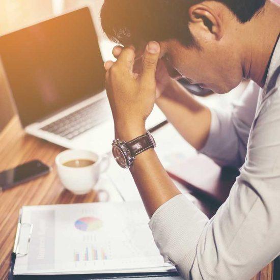 Studieren und gleichzeitig arbeiten: Lohnt sich das?